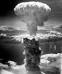 Lançando a bomba atômica