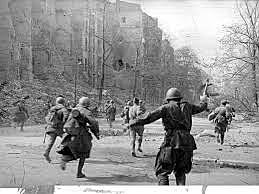 As tropas da União Soviética tomam Berlim