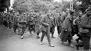 10 de novembro - a França de Vichy é ocupada pelos alemães.