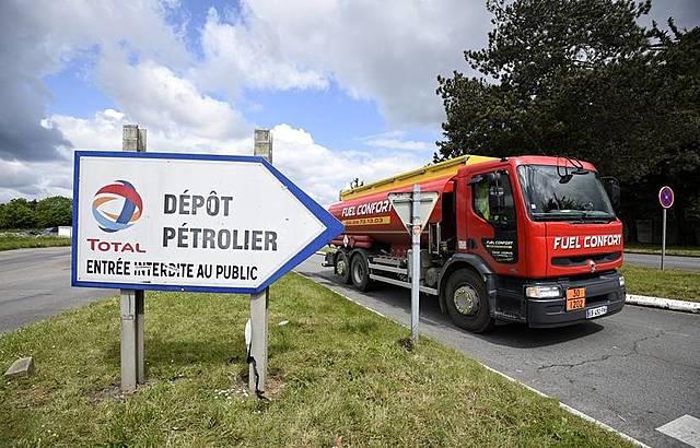 LORIENT - JNA – Mobilisation des transporteurs routiers.