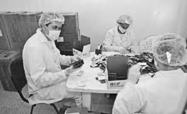 Primeros Laboratorios Estándares.