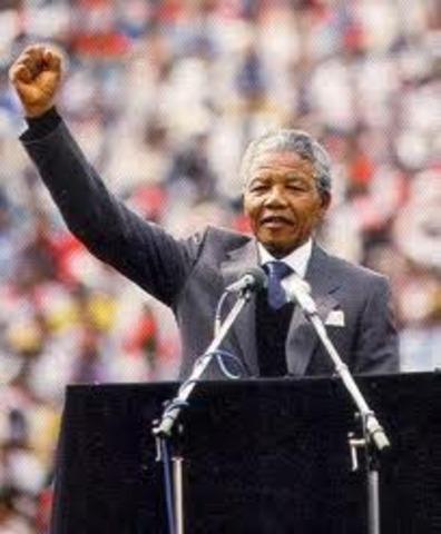 """NELSON MANDELA """"PRIMER PRESIDENTE NEGRO DE SUDAFRICA"""""""