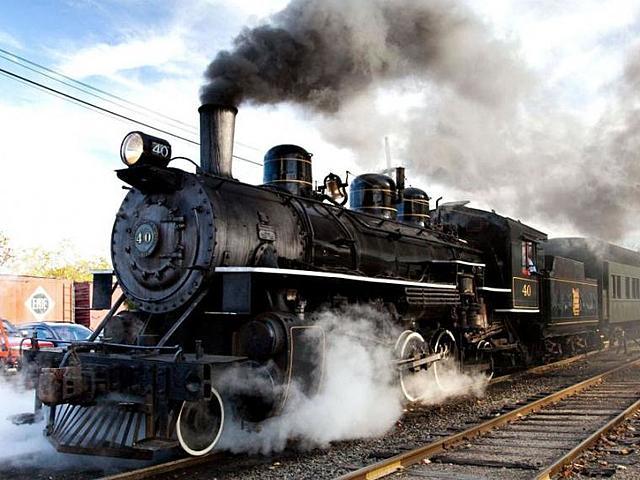 George Stephenson aplicó la máquina de vapor en los ferrocarriles.
