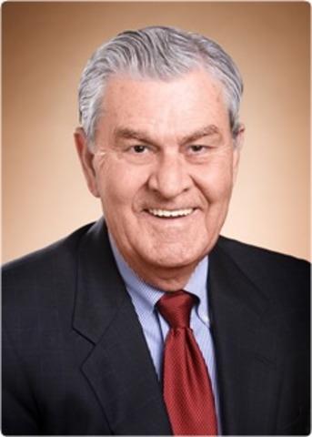 Walton steps down as CEO