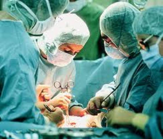 Primera Intervencion Quirurgica