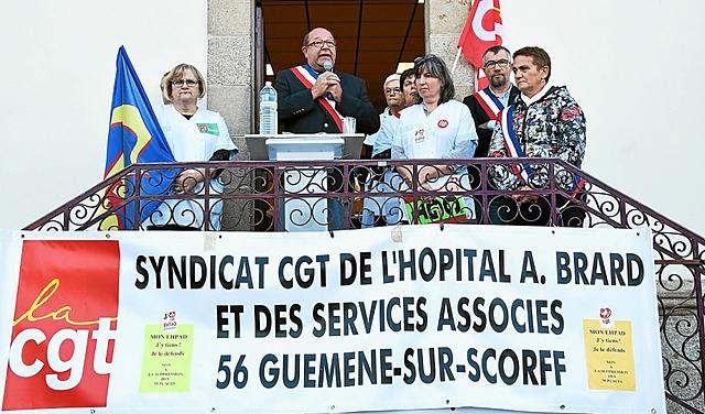 SANTÉ - GUÉMÉNÉ SUR SCORFF - MANIFESTATION HOSPITALIÈRE