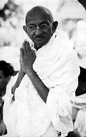 change in life of mahatma gandhi