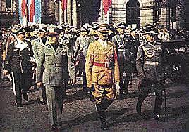 Alemanha, Itália e Japão firmam o tratado conhecido como Eixo Roma-Berlim-Tóquio.
