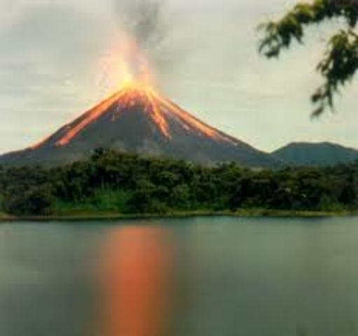 Erupcion del volcan Krakatoa