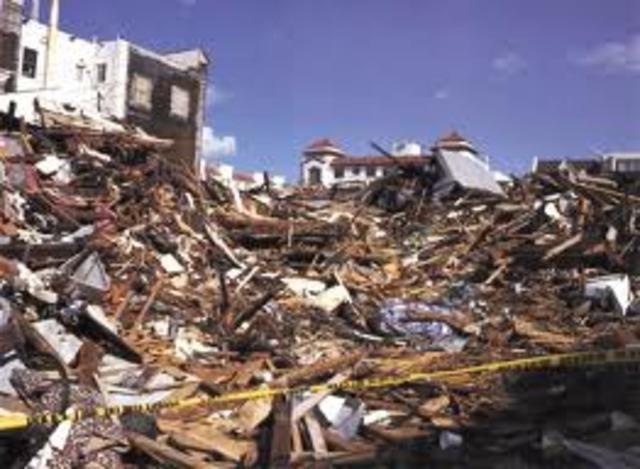 Terremoto provoca tsunami en Alaska
