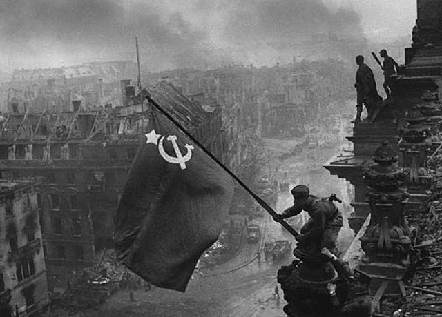 Berlim é Tomada Pelos Aliados