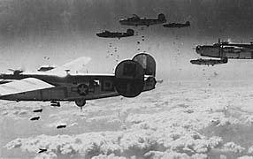Aviação alemã começa bombardeios noturnos em cidades inglesas