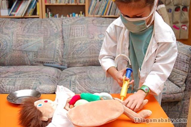 Liz starts practicing cardiac surgeries on dolls