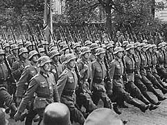 Varsóvia é ocupada por tropas da União Soviética