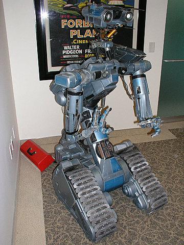 Surge la palabra robot