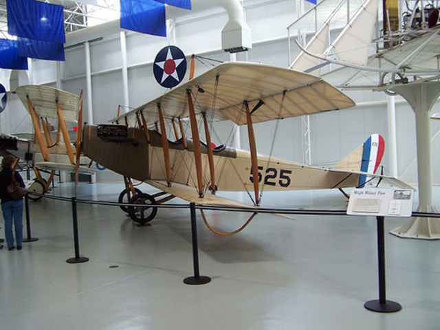 (Day unknown) The U.S. Postal service started experimenting with air mail service.