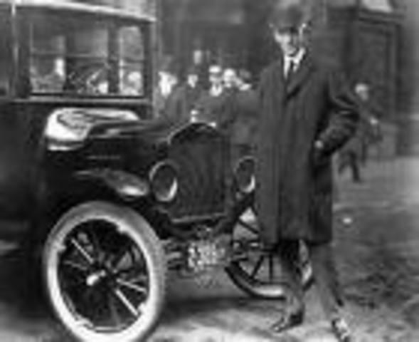 Henry Ford y su linea de ensamblaje