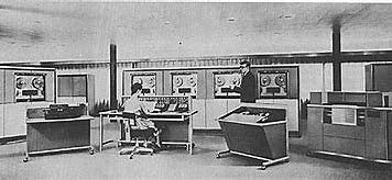 RCA 501 (2°GENERACIÓN)