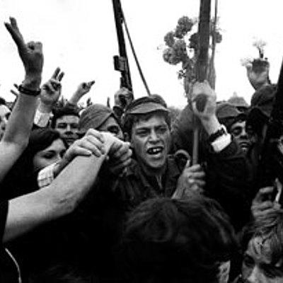 Situaciones de Violencia en el Siglo XX. (by Laura Forero ) timeline