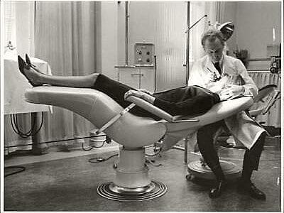 Odontología sentada y a cuatro manos