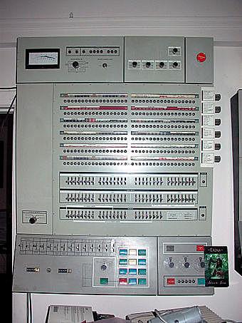 IBM 360 (3°GENERACIÓN)