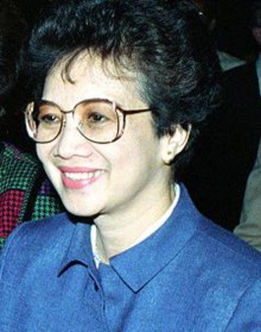 Corazon Aquino: First Female Leader of The Philippines