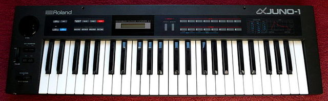 My first Synthesizer (Roland Juno 1)