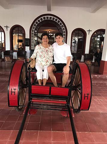 Viaje Con Mi Abuelita