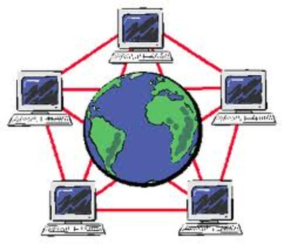 La primera aplicación P2P (Peer-to-peer, o entre pares) fue Hotline Connect, desarrollada en 1996 para el sistema operativo Mac OS por el joven programador australiano Adam Hinkley [cita requerida]. Hotline Connect, distribuido por Hotline Communications,