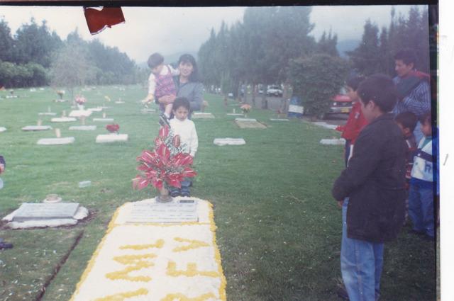 Muere  mi papaiton en el primer año de mi hermanita