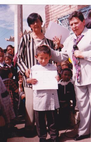 Dentro al la escuela La Peninsula o pre-escolar
