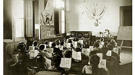 Linea de tiempo  de la historia de la Educacion Argentina timeline