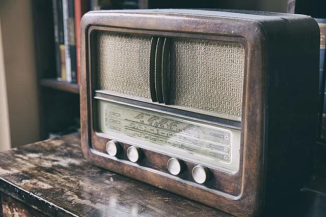 O que surgiu na era do rádio?