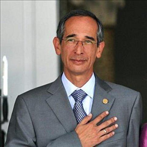Alvaro Colom 2008 - hoy en día