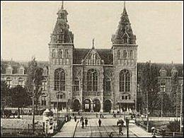 Opening huidige gebouw Rijksmuseum