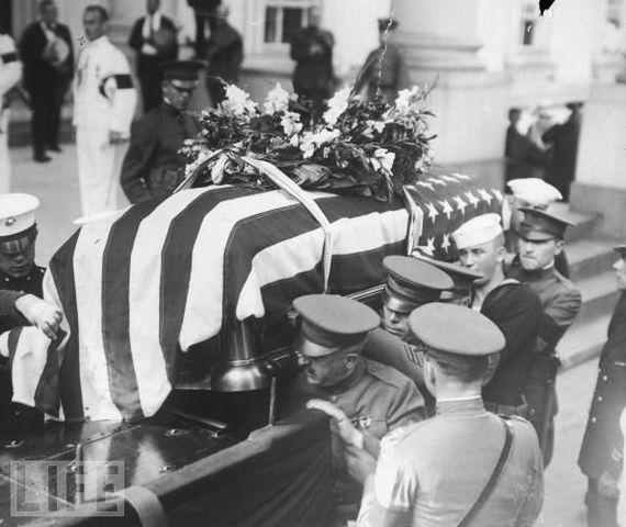 Warren G. Harding dies.