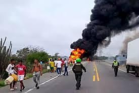 Explota camión cisterna en la vía Barranquilla-Ciénaga. (INTRALABORAL)