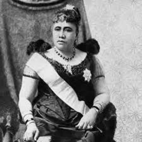buisness groups, aided by us marines, overthrow hawaiis queen liliuokalani.