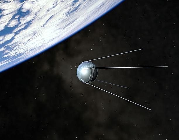 Primer Satélite en órbita