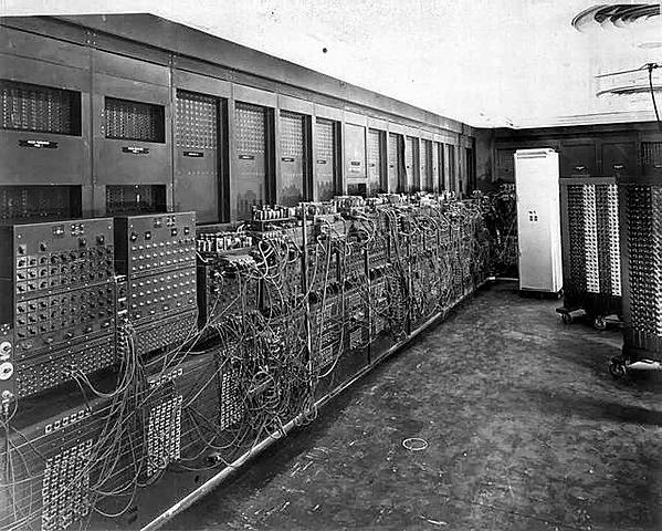 Presentación del primer ordenador