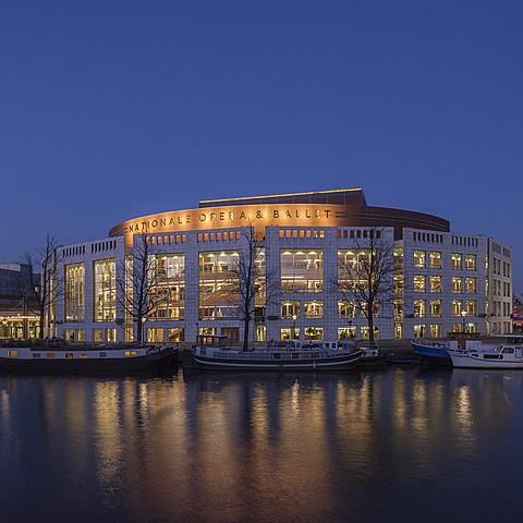 Oprichting Nationale Opera & Ballet is een theater in Amsterdam