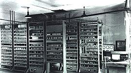 A evolución dos ordenadores timeline