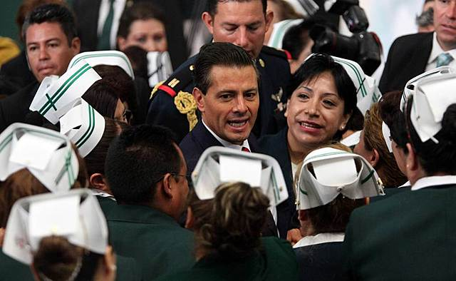 Presidente reconoce labor de la Enfermería