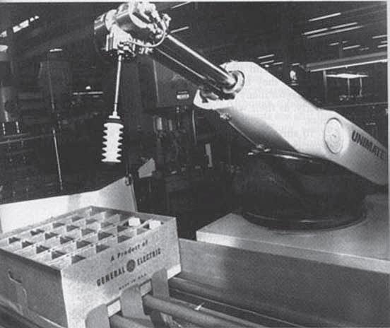 Unimate - Primer Robot implementado en linea de producción de coches.