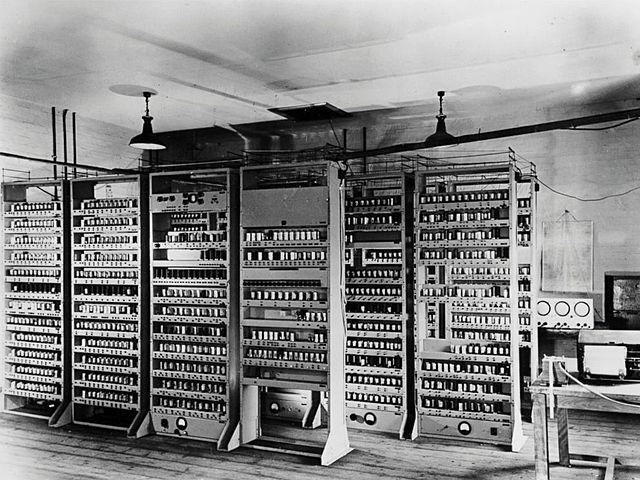 Primera generación de ordenadores: EDSAC
