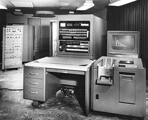 Primera generación de ordenadores: IBM701