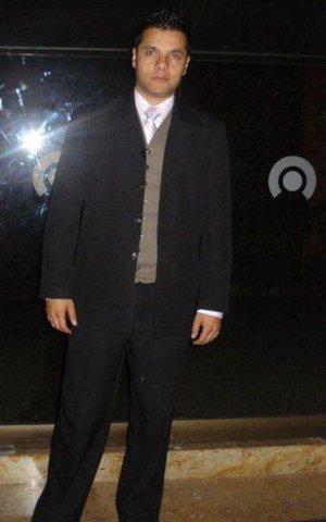Conoci  a el profesor Alejandro Castillo