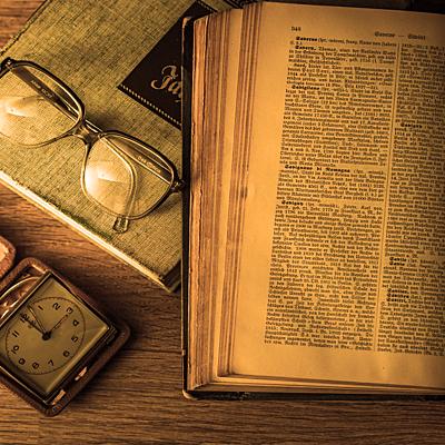 Μεσαιωνική και νεώτερη ιστορία (Β΄Γυμνασίου) timeline