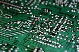 La microelectrónica y nanotecnología propician la comercialización de ordenadores personales.