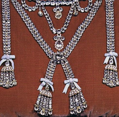 The scandal of the diamond necklace